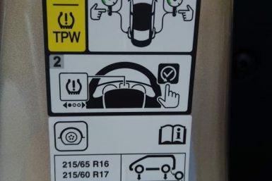 etichetta pneumatici Dacia Duster